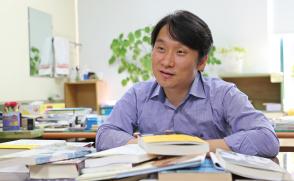 [청춘의 독서] (5) 윤재영 사회복지학과 교수
